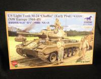 1:35 Bronco Models US Light Tank WWII M-24 Chaffee w/Crew Model Kit