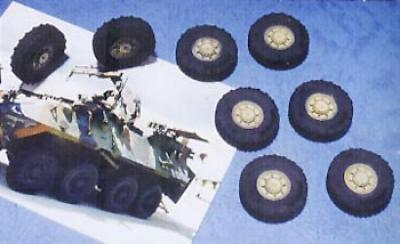 1:35  LAV-25 Series 8x8 Tire (Early Type)