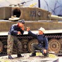 "1/35""HAVE A LIGHT""GERMAN TANKERS(2w/BASE"