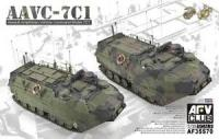 1/35 AAVC-7C1 Assault Amphibian Vehicle Command Model 7C1